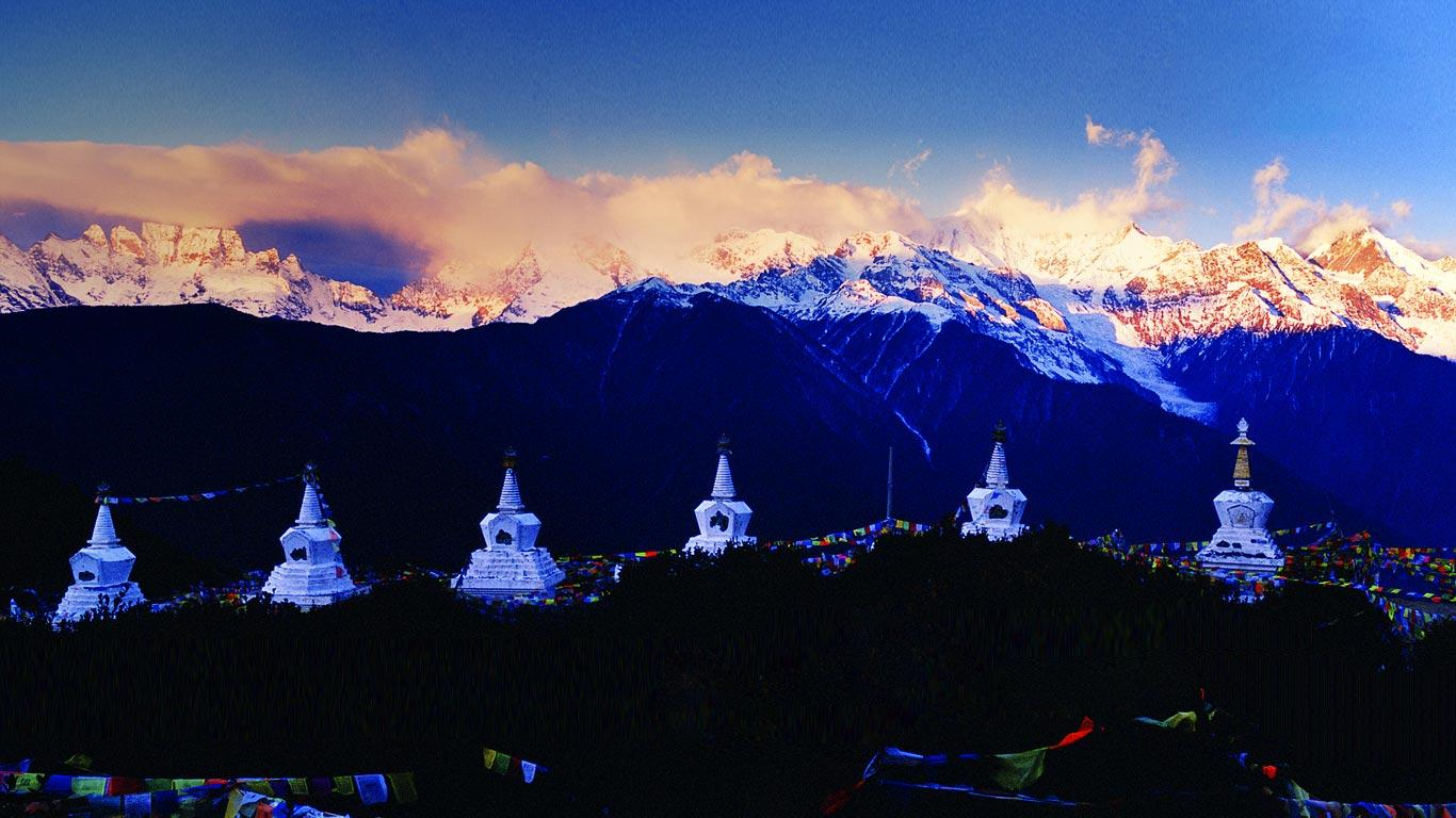 Diqing China  City new picture : ... DiQing Tibetan Autonomous Prefecture, Yunnan Province, China © TAO