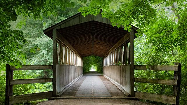 Rustic Black River covered bridge near South Haven, Michigan (© Tara Vorhes)