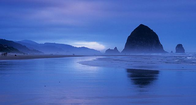 Haystack Rock at Cannon Beach, Oregon Islands National Wildlife Refuge, Oregon