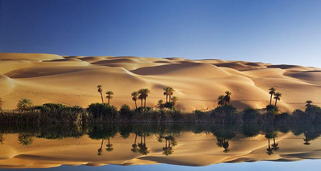Lake Um el Ma and the Erg Ubari sand dune in the Sahara Desert, Libya