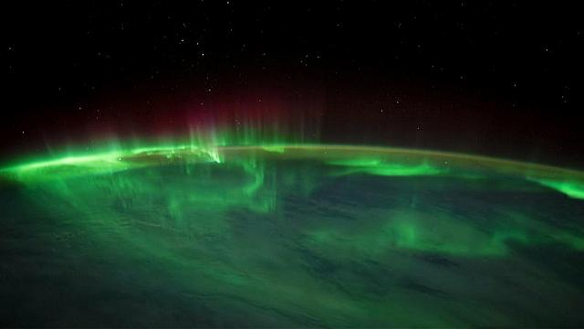 Aurora australis over the South Indian Ocean (© NASA)