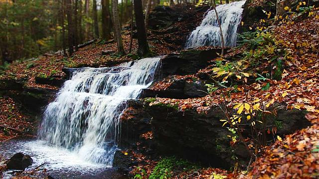 Gunn Brook Falls in the Pioneer Valley region of Massachusetts (© Denis Tangney Jr./Getty Images)
