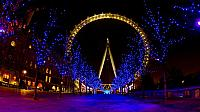 London Eye, London, England (© Fotosearch/age fotostock)