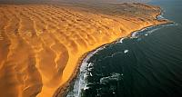 The Skeleton Coast, half way between Walvis Bay and Luderitz, Namib-Naukluft Park, Namibia