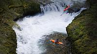 Kayakers on Eagle Creek in the Columbia River Gorge, Oregon, U.S.A. (© Ty Milford)
