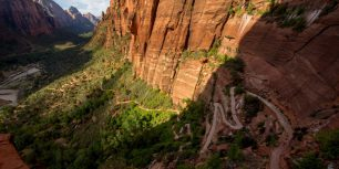Angels Landing Trail in Zion National Park, Utah (© Brandon Flint/Tandem stock)