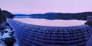 New Croton Dam in Croton-on-Hudson, New York (© Greg Miller/Gallery Stock)
