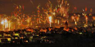 New Year's Eve fireworks in Korb, Rems-Murr Kreis, Germany (© Herbert Kehrer/Alamy)