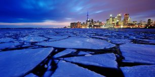 Ice in Toronto Harbour, Ontario, Canada (© Peter Bowers/Flickr/Getty Images)