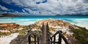 Lucky Bay, Cape Le Grand National Park, Australia (© Ocean/Corbis)