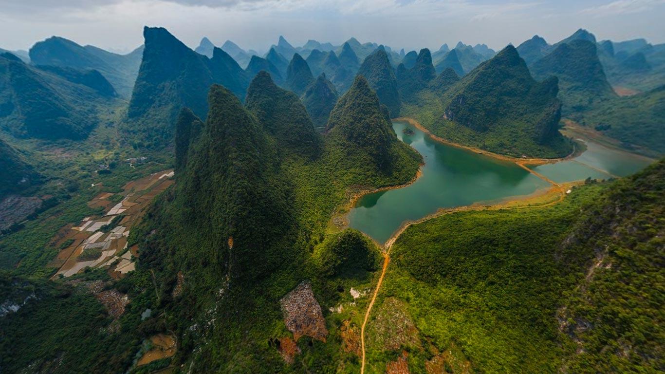 Guilin and Lijiang River National Park, China (© AirPano Ltd)