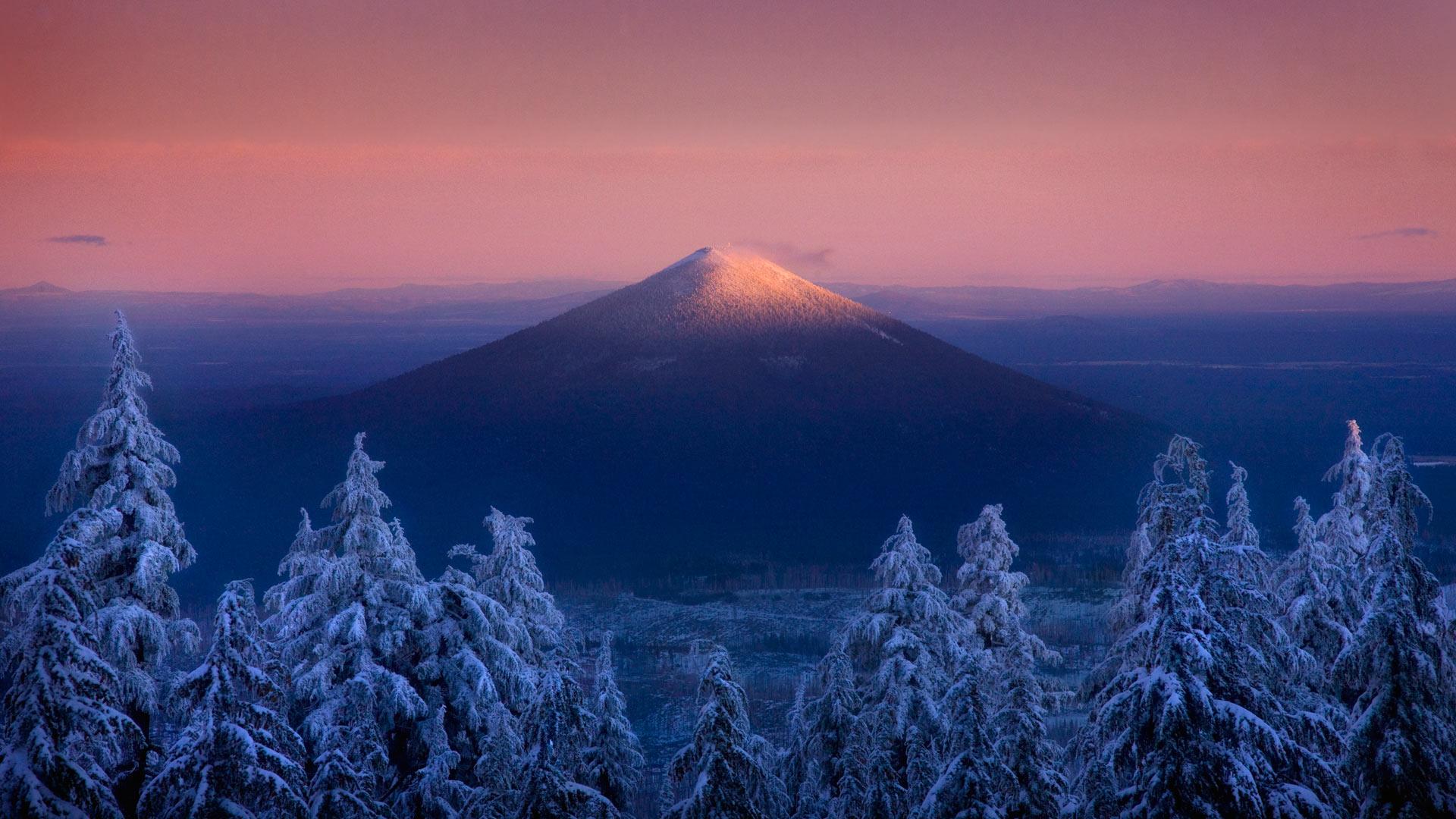 Black Butte, seen from the Mount Jefferson Wilderness, Oregon (© Marc Adamus/Aurora Photos)