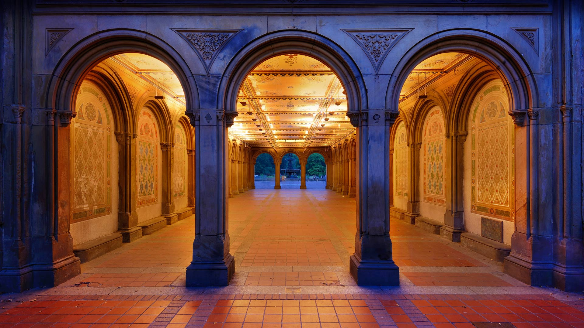 Bethesda Terrace's lower passage in Central Park, New York City (© Sean Pavone/Shutterstock)