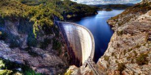 Gordon Dam, Tasmania, Australia (© Steve Daggar Photography/Getty Images)