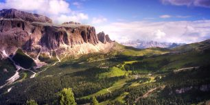 Gardena Pass and the Sella Group in the Dolomites, Italy (© Shutterstock)