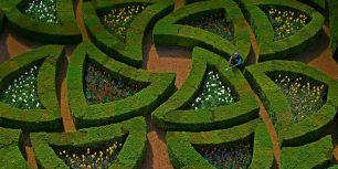 Gardens at Château de Villandry, Loire Valley, France (© Emilie Chaix/Getty Images)