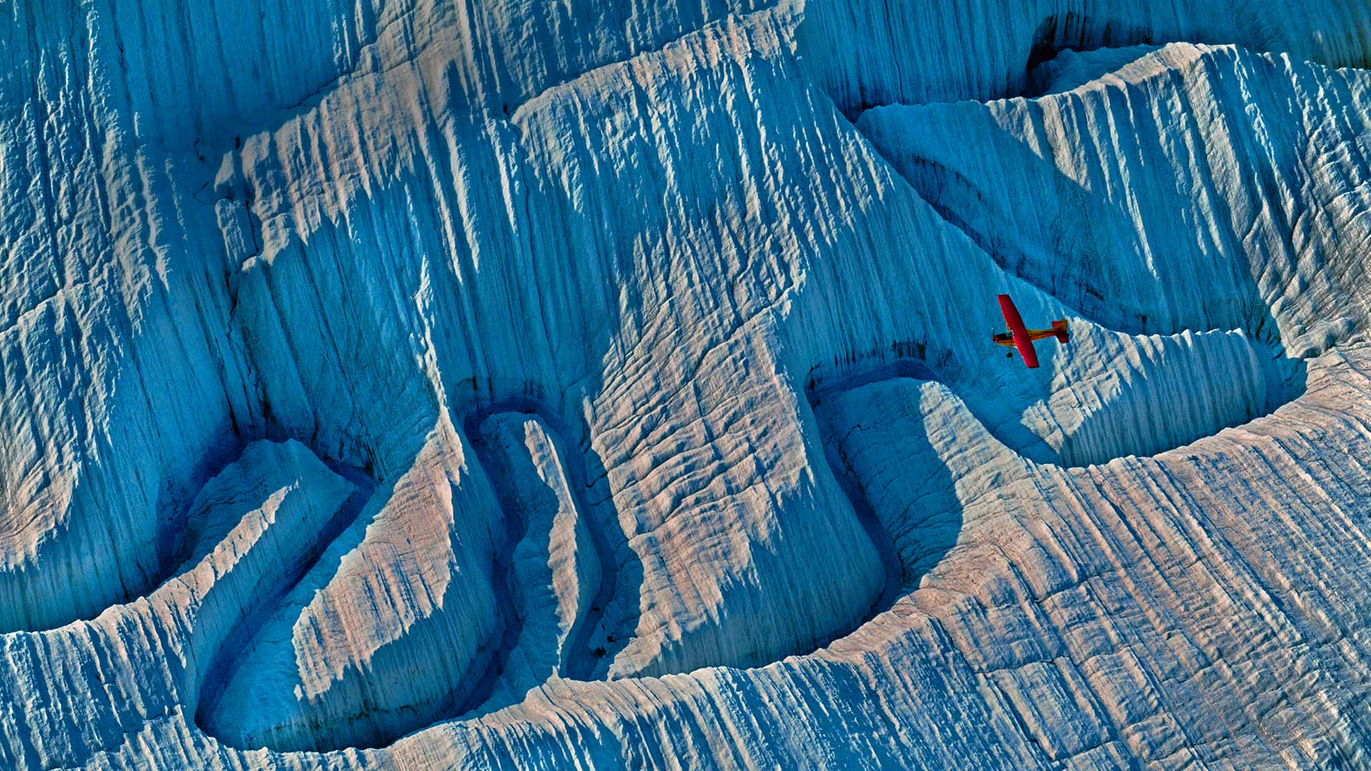 A glacier in Wrangell-St. Elias National Park and Preserve, Alaska (© Frans Lanting/Gallery Stock)