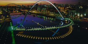 Gateshead Millennium Bridge in Newcastle upon Tyne, England (© Graeme Peacock/Alamy)