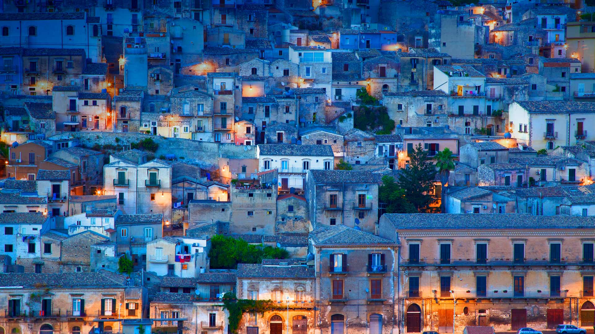 Modica, Sicily, Italy (© Robert Harding World Imagery/Offset)