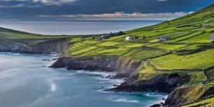 Slea Head, County Kerry, Ireland (© Cultura RM/Masterfile)