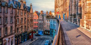 West Bow Street in Edinburgh, Scotland (© Rory McDonald/Getty Images)