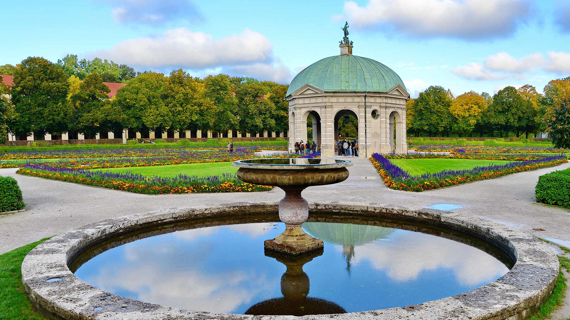 Hofgarten, Munich, Bavaria, Germany (© Rüdiger Hess/geo-select FotoArt)
