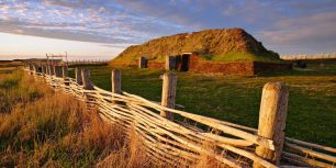 L'Anse aux Meadows, Newfoundland, Canada (© Yves Marcoux/age fotostock)
