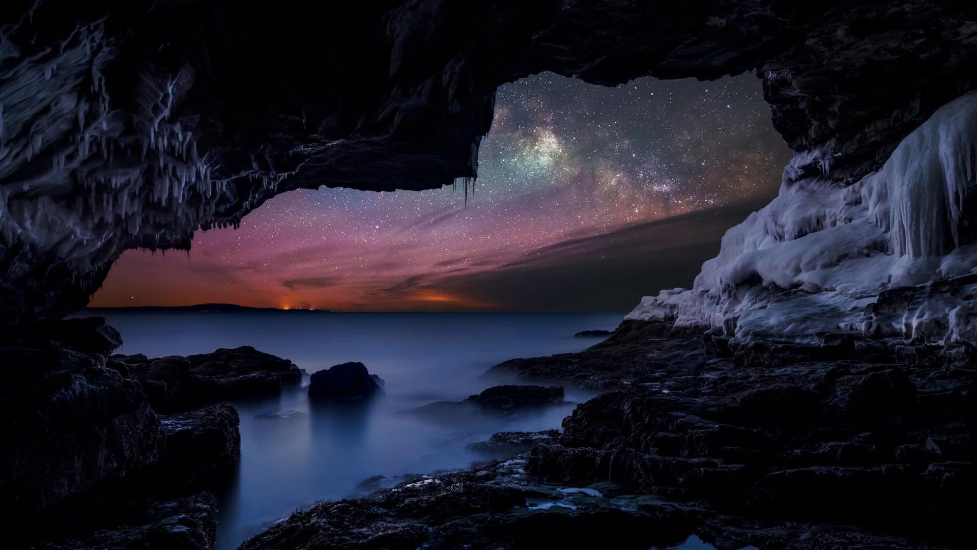 Milky Way seen from the coast near Bar Harbor, Maine (© Adam Woodworth/Aurora Photos)
