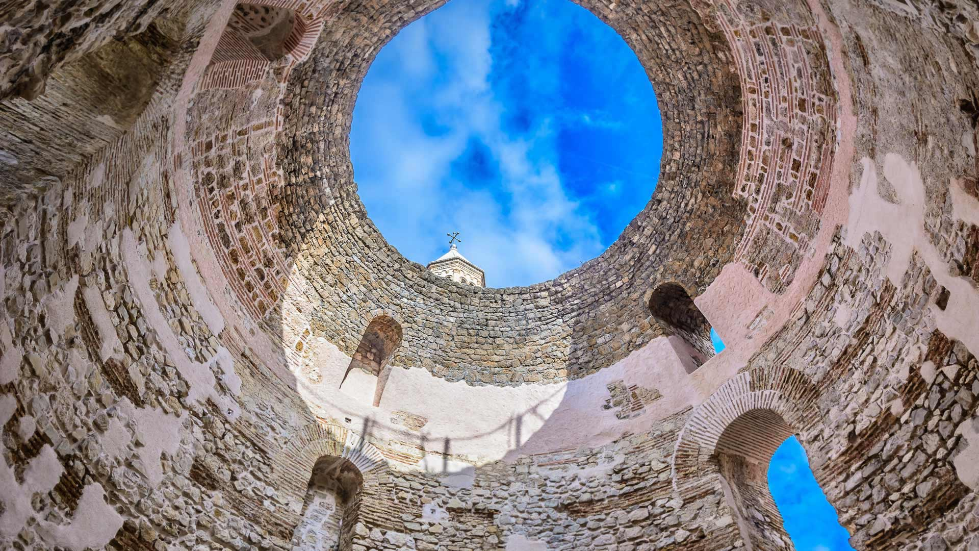 The Vestibule at Diocletian's Palace, Split, Croatia (© Dreamer4787/Shutterstock)