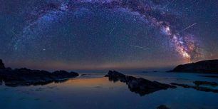 The Perseids meteor shower over Sinemorets, Bulgaria (© jk78/Getty Images)