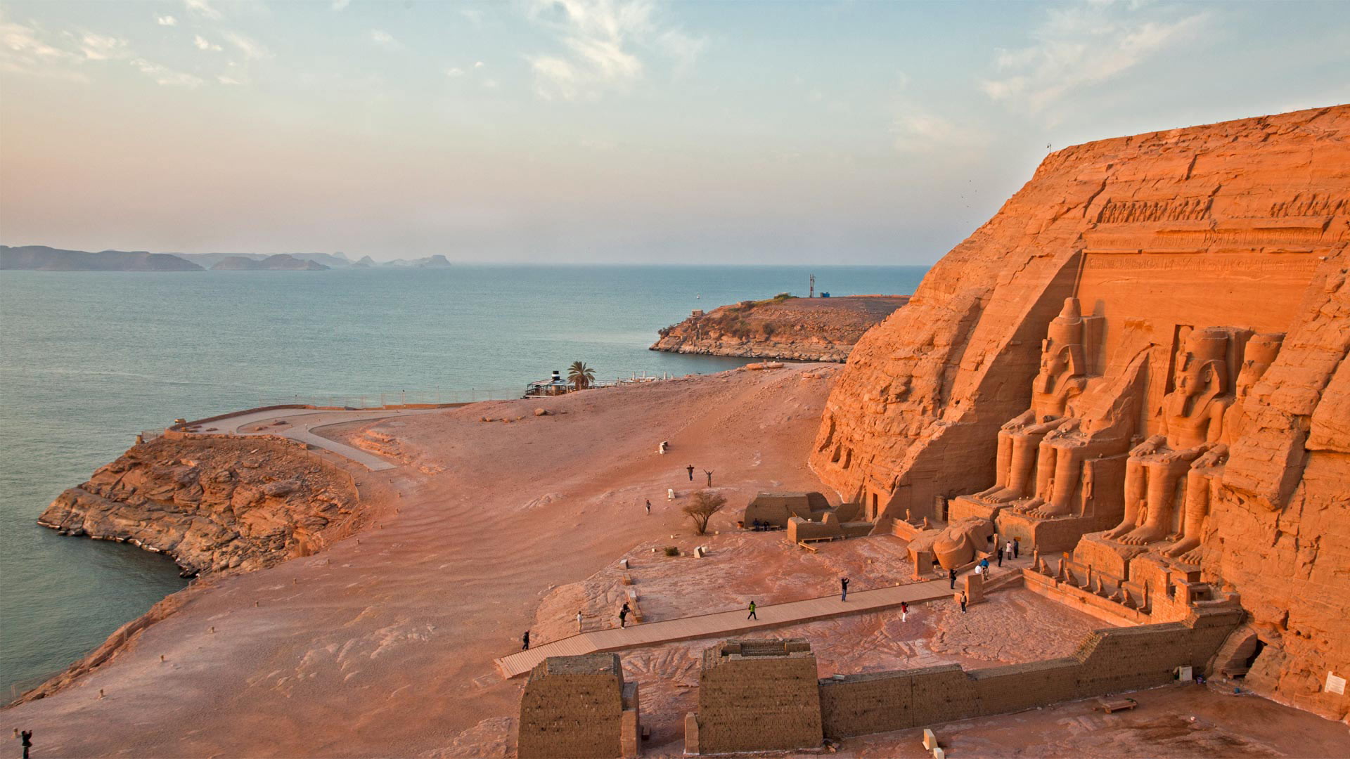 The Abu Simbel temples on the west shore of Lake Nasser, Egypt (© George Steinmetz/Getty Images)